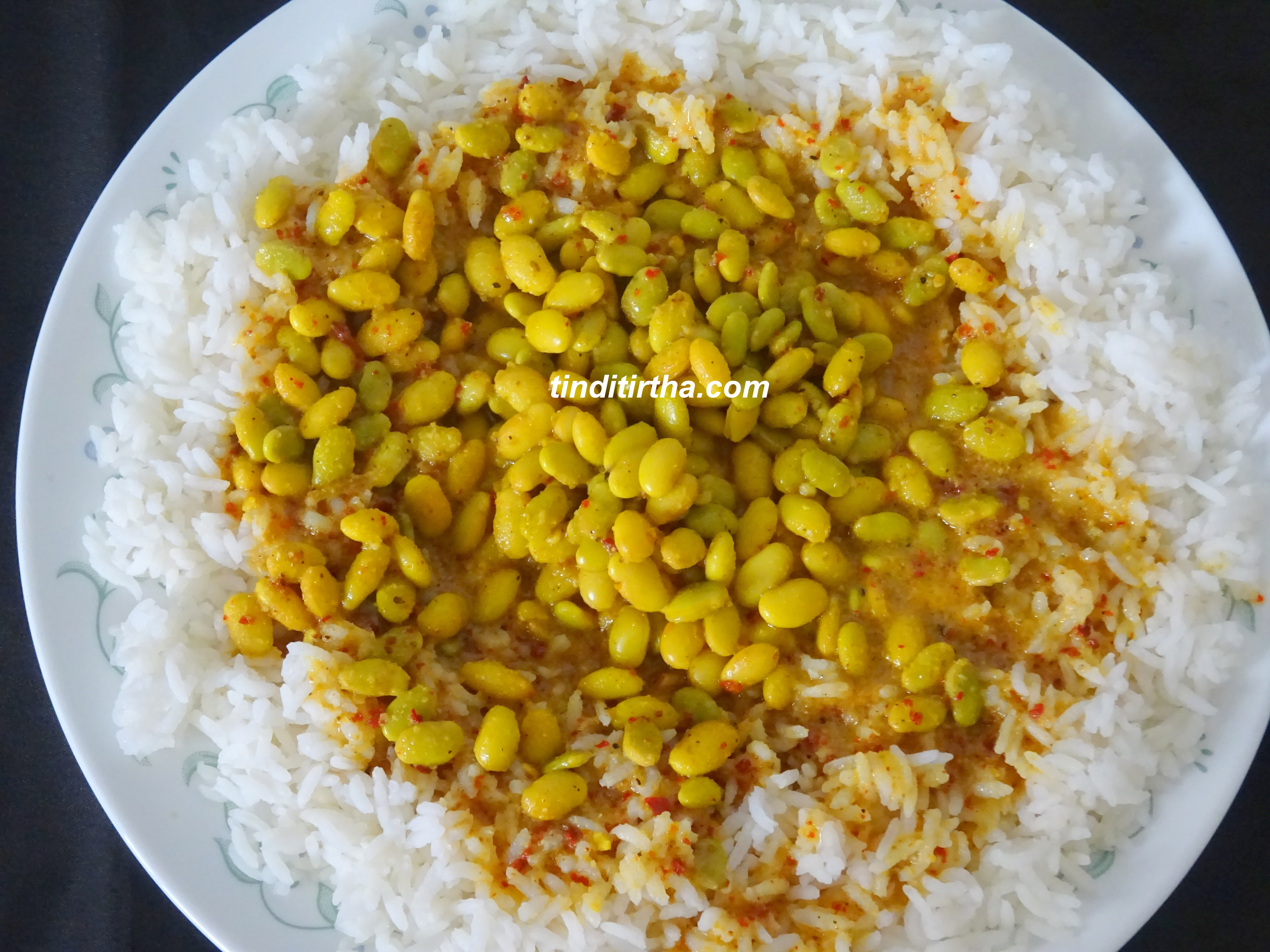 AVAREKALU HULI / HYACINTH/FIELD BEANS CURRY