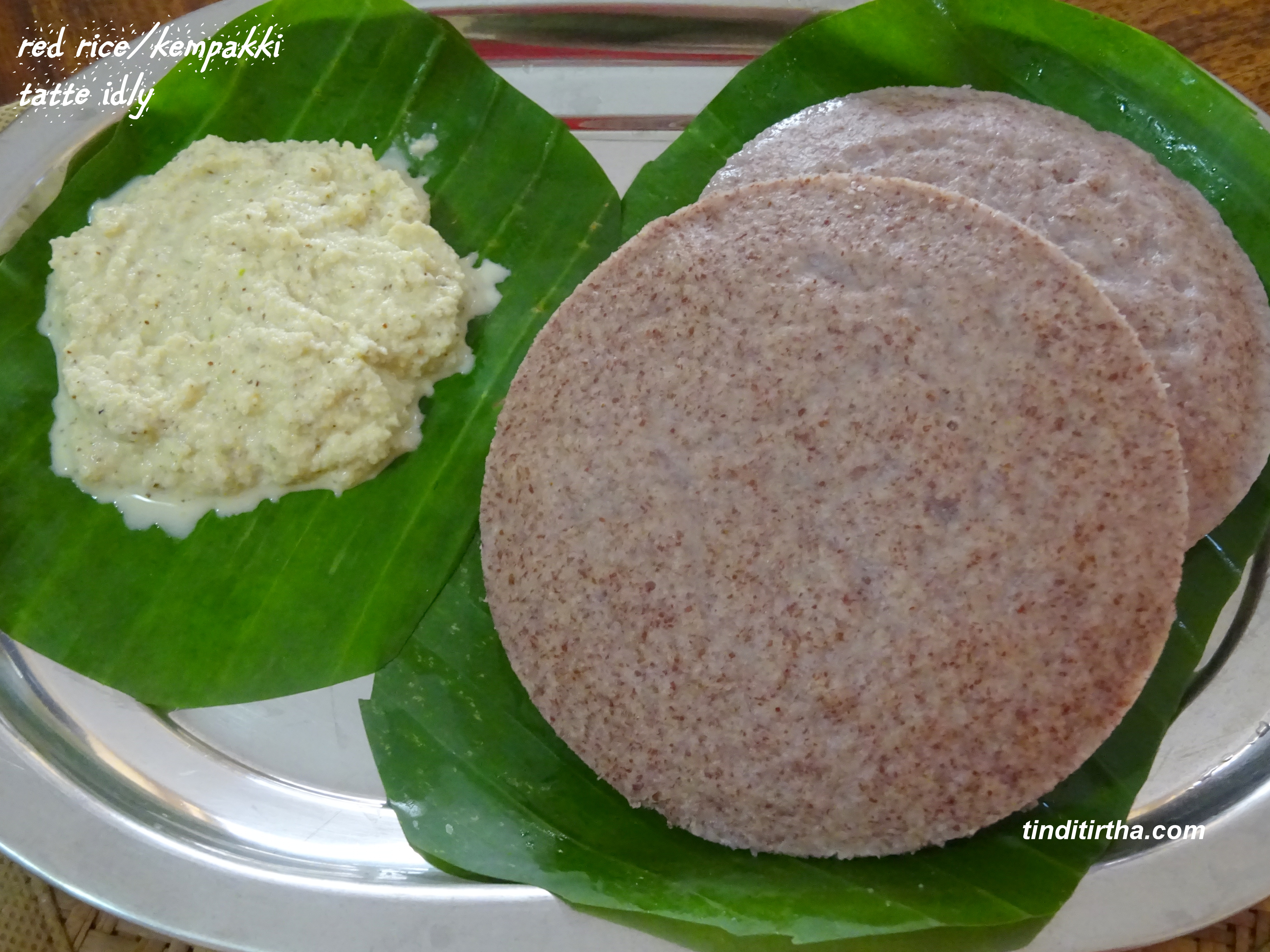 Tatte idly using red ricekempu akkikempakki tatte idly tindi tirtha posted in breakfast recipes diabetic friendly recipes on march 21 2018 by divya suresh forumfinder Images